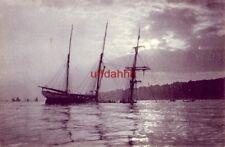 Pre-1907 Marine Views Serie B image of 3-masted sailing vessel sinking