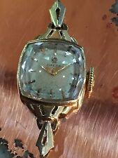 14 Karat Yellow Gold Art Deco Style Omega 17 Jewel Ladies Watch 1296