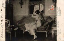 CPA Salon de 1912 Ed. GELHAY - Femme au canapé (217962)
