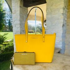 NWT MICHAEL KORS JET SET TRAVEL MD TZ TOTE/ DOUBLE ZIP WALLET JASMINE YELLOW