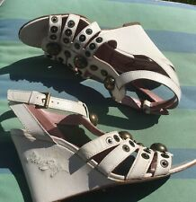 MISS SIXTY,'ALICIA',WHITE LEATHER,STUDDED WEDGE,ANKLE STRAP SANDALS SIZE 38/UK 5