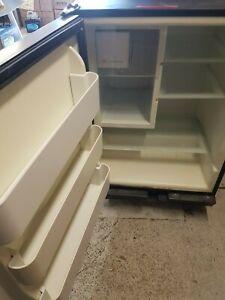 U-Line Fridge Ice Maker Combo  Boat Marine RV 240V Uline Machine