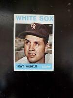 (1) 1964 TOPPS Baseball Hoyt Wilhelm #13 - Chicago White Sox Legend