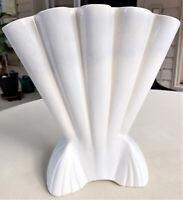 Vintage MCM BRUSH QUALITY McCoy USA Pottery Large ART DECO Fan White Vase UNIQUE