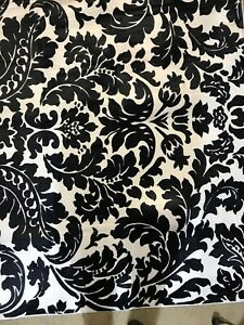 "NEW Memory Foam Black/White Area Rug 80"" x 59"" Super Soft & Unique! 203 x 150 cm"