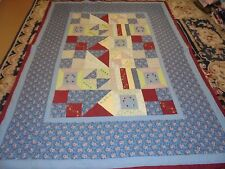 Nice Hour Glass, Spool, 4 Block & Triangle Pattern Quilt