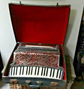 Vintage Cav Cesare Macerata 120 key piano accordion