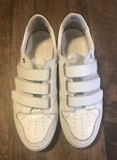 men's authentic  Ami white sneakers size 10 excellent condition retail 445$