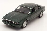 Tayumo 1/36 Scale Pull Back & Go 36100020 - Jaguar XJ6 - Emerald Green