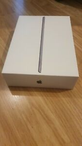 Apple (Box Only) iPad 7th Generation 32GB Wi-Fi, Booklet & Stickers *Box Only*
