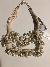Gardenia glass pearls beige necklace  new