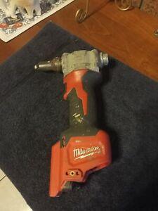 Milwaukee M12BPRT-0 12V Li-ion Cordless Pop Rivet Gun RRP $329.00
