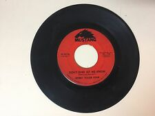 ROCK 45 RPM RECORD - BOBBY FULLER FOUR - MUSTANG 3016