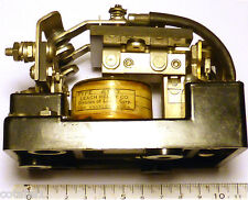 Relais 2RT WWII Leach Relay haute puissance  3HP 220 volts