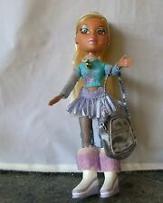 BRATZ DOLL GIRL BROWN HAIR ICE SKATING OUTFIT WITH SKATES