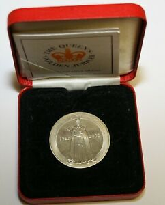 2002 Queen Elizabeth II Golden Jubilee Royal Mint Commemorative Medal Cased