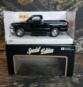 1995 Maisto 1:26 Die Cast Metal Dodge Ram Pickup Truck DG