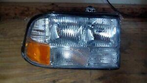 Passenger Headlight GMC Canada Only Fits 98-05 BLAZER S10/JIMMY S15 963431