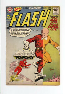 FLASH #116 - TIME TRAVEL COVER - 1960 - EARLY KID FLASH