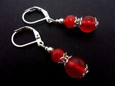 Un par de rojo Jade Plata Plateado Colgantes Gancho Gancho Pendientes. nuevo.