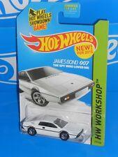 Hot Wheels New For 2015 HW Garage #219 James Bond 007 Lotus Esprit S1 White