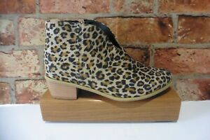 BLACK MIX ANIMAL PRINT COWBOY WOMENS ANKLE BOOTS SIZE 40 UK 7 NEW IN BOX
