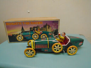 SCHYLLING - Classic / retro - tin wind up BUGATTI T- 35 racer in box with Key