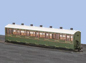 Peco GR-441A OO-9 L&B All 3rd Class Coach SR Green Livery No.2469