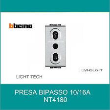 BTICINO LIVINGLIGHT TECH PRESA BiPASSO BIVALENTE 2P+T 10/16A NT4180