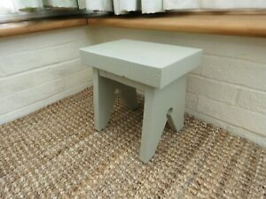 Small wooden side table / cracket painted French Gray