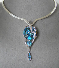 "SWAROVSKI ""BLUE AQUA"" ELEMENTS TRIPLE CRYSTAL PENDANT & ""SCOOP V"" COLLAR"