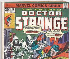 Marvel Comics DOCTOR STRANGE #19 vs Skeletons from Oct.1976 in G/VG con.