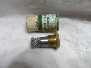 """Johnson Corp. Vacuum Breaker and Strainer 1/2"""" Bronze 1/2"""""""