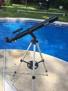 Bushnell telescope 181561 new with multiple lens