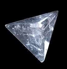 Tétraèdre de Pierres Précieuses Cristal de Roche Géométrique Figurine