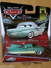 N°12/19 DISNEY CARS FLO RADIATOR SPRINGS #12 2015 NEW NOUVEAUTE NEUF