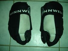 Used Winnwell Ww120 Youth Hockey Gloves 12-13""