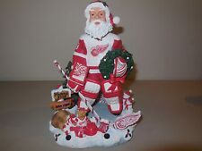 detroit red wings  forever collectibles santa w toys bobble head