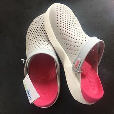 New Crocs LiteRide Clogs Grey / White / Pink Unisex Clogs M7 W9 204592 115 Soft