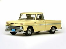 1965 Chevrolet pickup truck Yellow 1:18 SunStar 1364