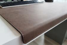 Gewinkelte Schreibtischunterlage Nubuk Leder 90 x 47 Braun