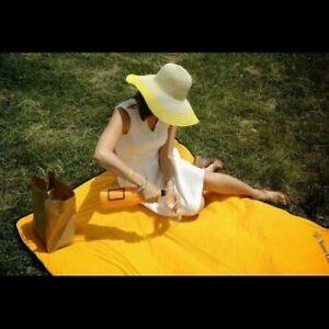 Veuve Clicquot VCP Signature Orange PICNIC BLANKET NEW BEACH THROW - RARE