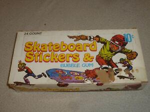 VINTAGE EMPTY DONRUSS SKATEBOARD STICKERS CARD WAX BOX 10c 1976 RARE SKATER HAWK