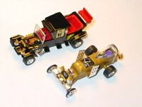 MUNSTERS KOACH & DRAGULA SET COLLECTIBLE DIORAMA FAMILY & COFFIN CAR Gold/Black