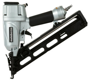 NEW METABO NT65MA4M PNEUMATIC 15GA ANGLE FINISH NAILER 34 DEGREE WITH CASE