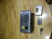shipping container lock box  kit parts only  5.00 mm steel &15.00 staple new