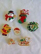Christmas Lapel Pins Lot of 7 Snowman Wreath Santa Sleigh Stocking Horn