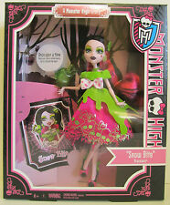 SCARILY EVER AFTER A Monster High Story - Draculaura as SNOW BITE