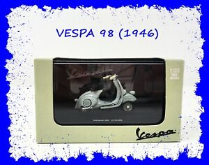🛵 New Ray VESPA 98 (1946) 1:32 Die Cast Scooter Model 🛵