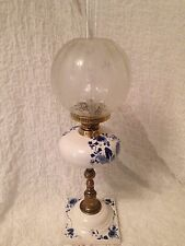 Antique Oil Lamp Blue and White Ceramic Font and Base Decorative Brass Pillar